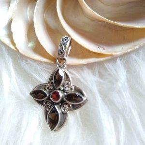 Jewelry - ✨Sterling GemStone Cross